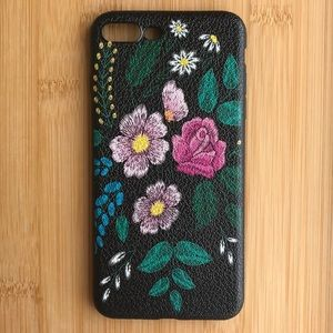 Accessories - NEW Iphone 7/8/7+/8+ Floral Case